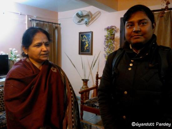 गौरव श्रीवास्तव, मेरी पत्नीजी रीता पाण्डेय के साथ
