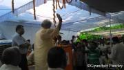 सादात में डेमू उद्घाटन के दौरान भीड़ को सम्बोधित करते श्री मनोज सिन्हा।