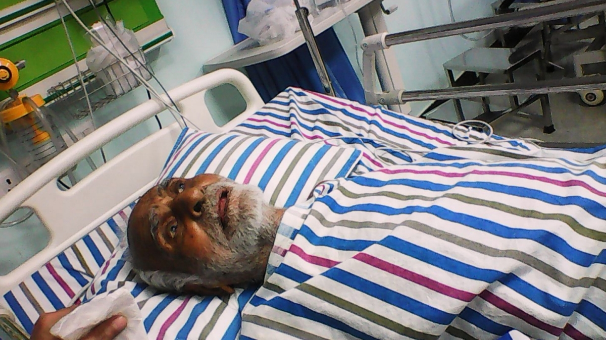 आत्माराम तिवारी की अस्पताल के एमरजेंसी वार्ड में उड़द और गाय कीचिंता