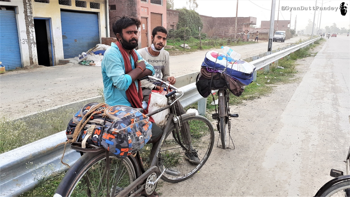 भय कोरोना का नहीं, ट्रक की उजड्ड ड्राइविंग का है –#गांवकाचिठ्ठा