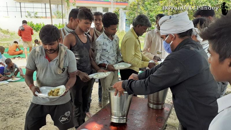 प्रवासी मजदूर – मुख्यमंत्री की लताड़ से ही हरकत में आयाप्रशासन